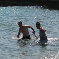 Η πλήρης δημοτική αδιαφορία με την απουσία ναυαγοσώστη στις παραλίες μας, έβγαλε κι άλλον νεκρό από τη θάλασσα σήμερα!!!