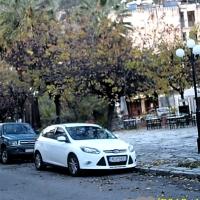 ΝΑΥΠΑΚΤΟΣ- Πλατεία Τζαβελλαίων: Εν όψει εορτών άφησαν την μεγαλύτερη πλατεία του νομού στα σκοτάδια