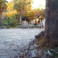 Nαύπακτος ~ Πλατεία Τζαβελλαίων, μια πλήρως εγκαταλειμμένη πλατεία εντός της πόλης …